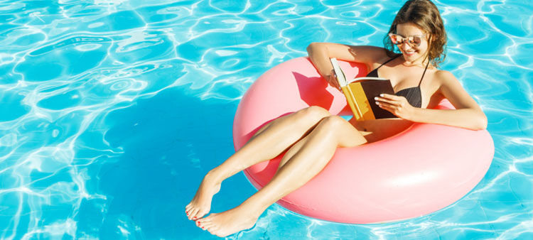 6 poolfloats waar je perfect in kan studeren