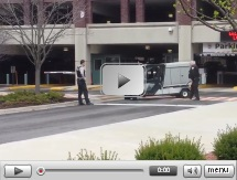 Golf cart without a driver at university gives hilarious footage for students