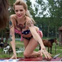Veerle nackt Baetens NakedOnStage Circus